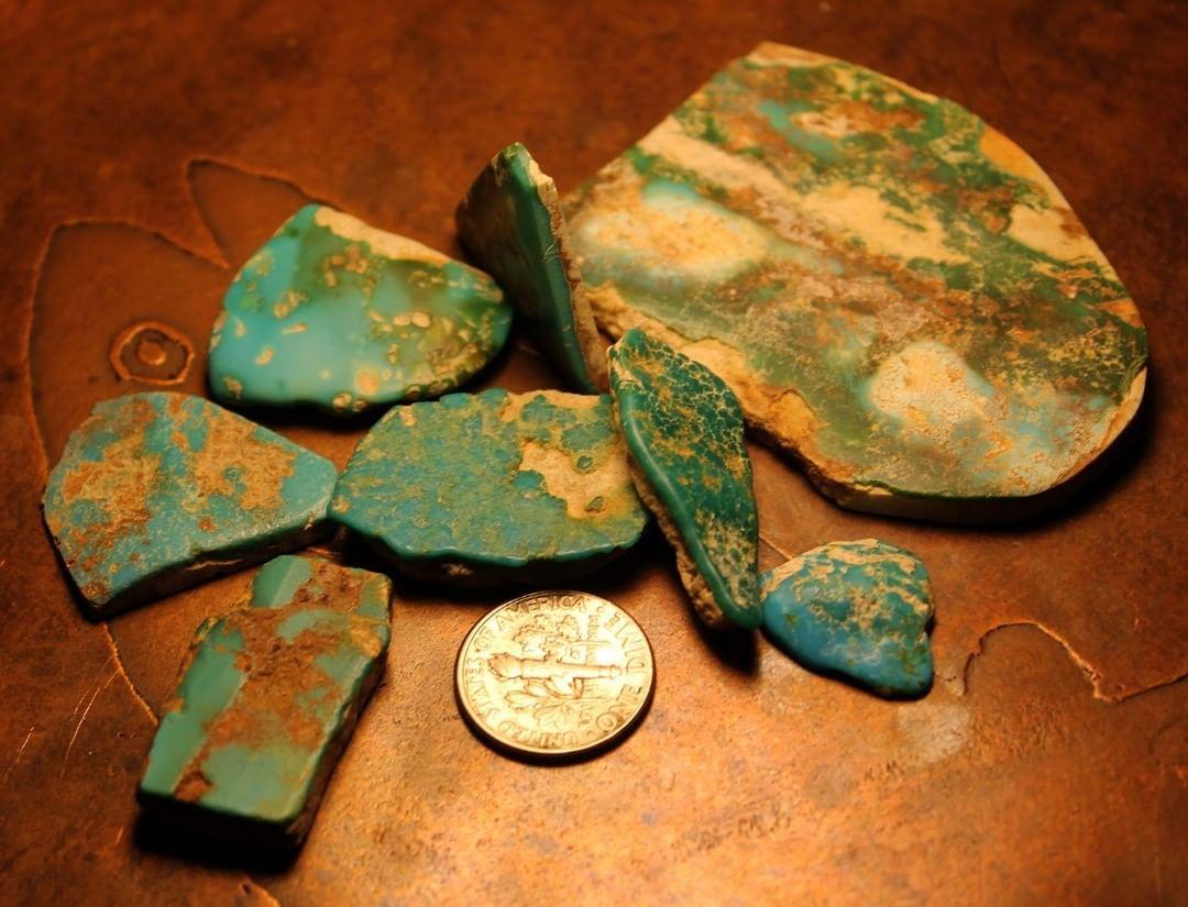 Turquoise vein study, pretty thin (Stone Mountain Turquoise)