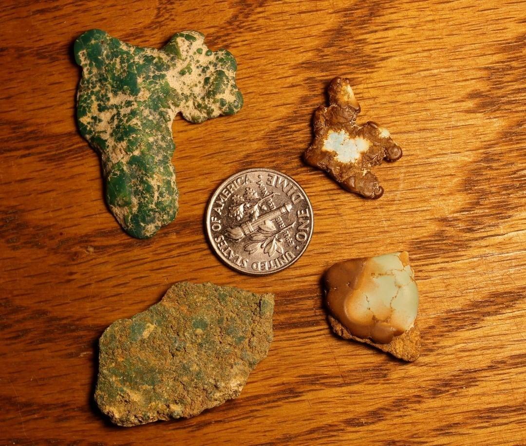 Turquoise vein study (Stone Mountain Turquoise NFS) odd ducks