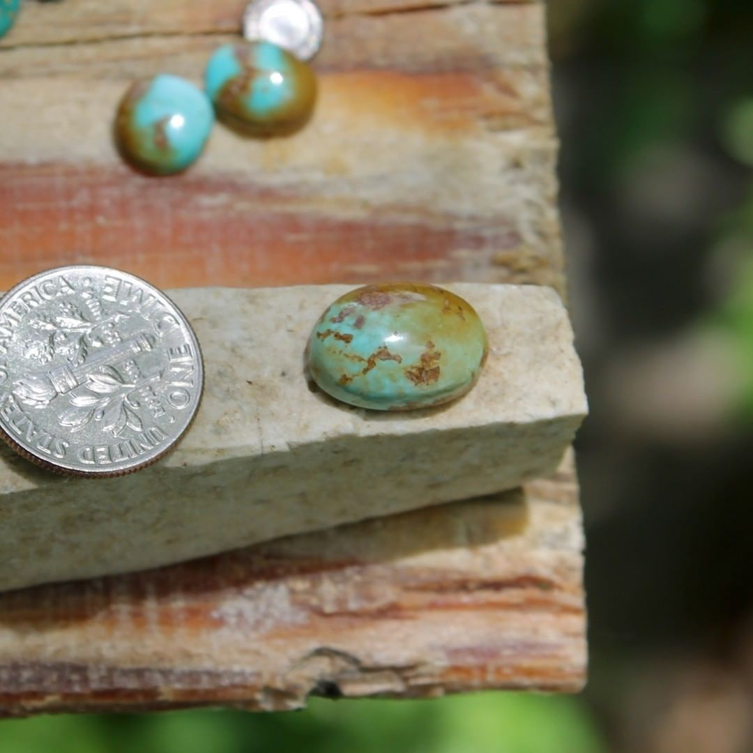 Natural Stone Mountain Turquoise cabochon w/ interesting inclusions  $16 for 5.7 carats untreated & un-backed Nevada turquoise.